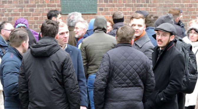 """AfD-Funktionäre beim """"1000 Kreuze""""-Marsch"""